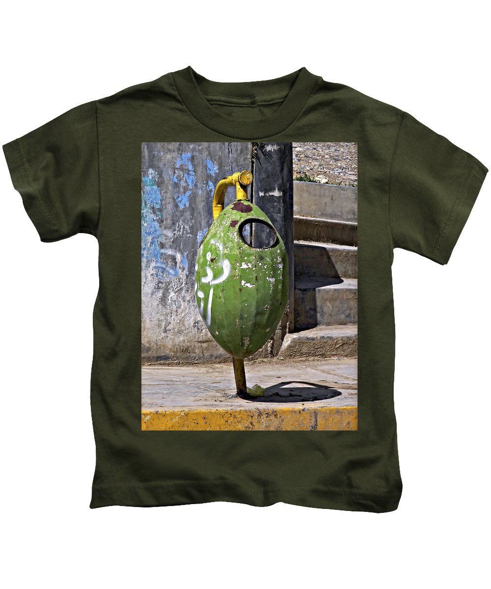 Peru Kids T-Shirt featuring the photograph A Design Principle...plan Ahead by Steve Harrington