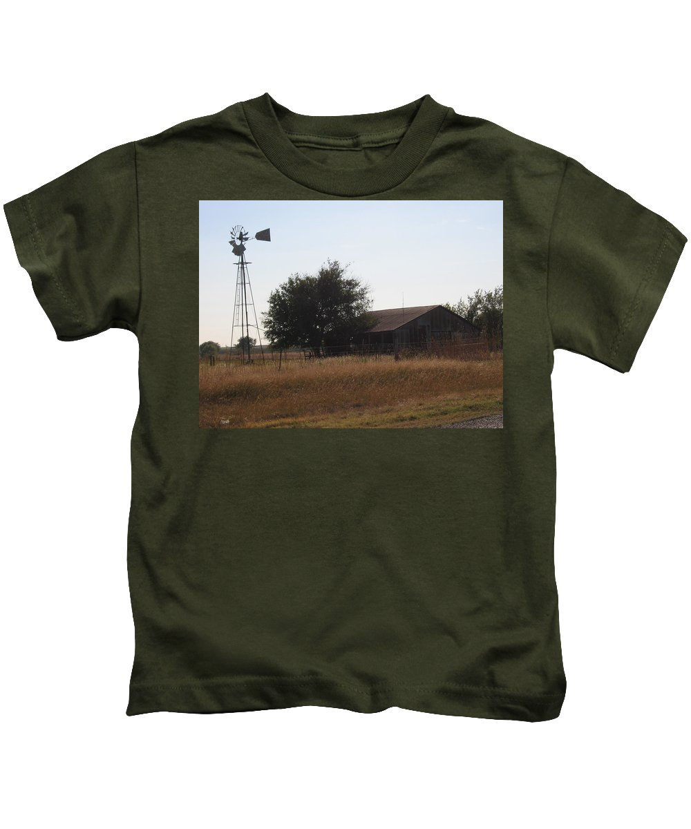 Kids T-Shirt featuring the photograph Barn And Windmill by Amy Hosp