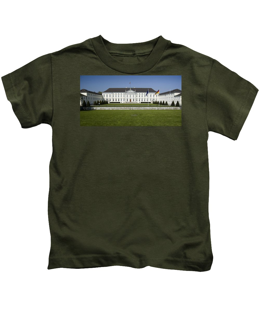 Bellevue Kids T-Shirt featuring the photograph Bellevue Palace Berlin by RicardMN Photography
