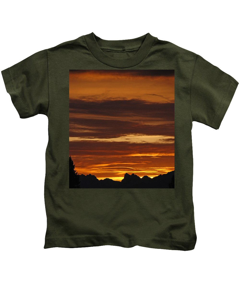 Mountains Kids T-Shirt featuring the photograph Cascade Mountains Sunrise 2 by Carol Eliassen