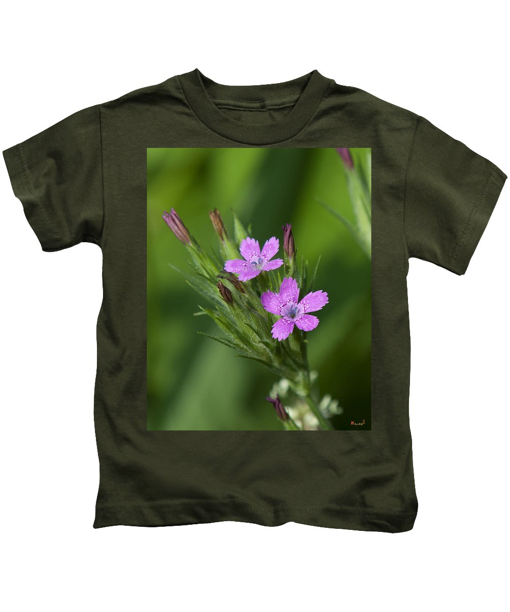 Nature Kids T-Shirt featuring the photograph Deptford Pinks Dsmf182 by Gerry Gantt