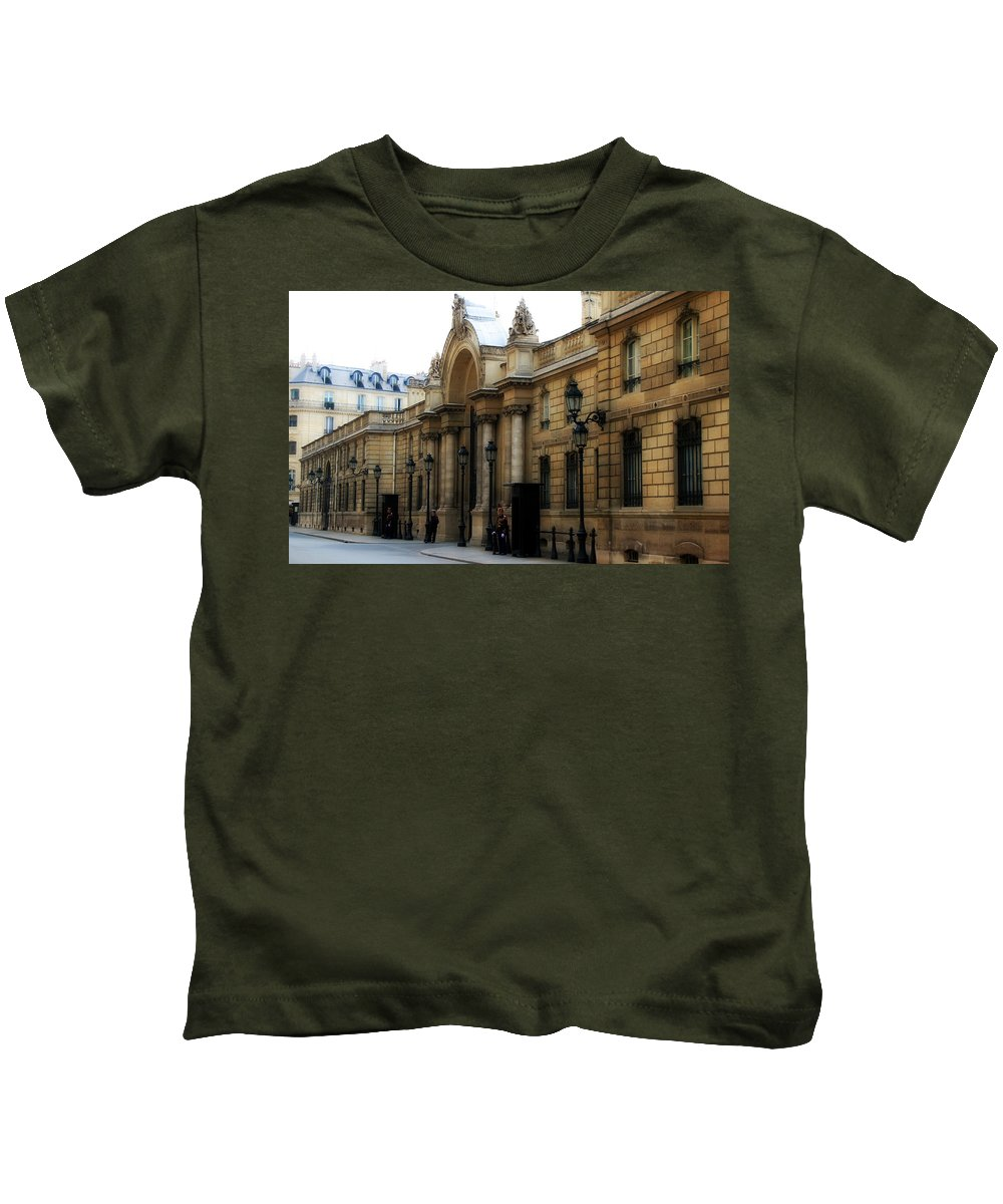 Paris Kids T-Shirt featuring the photograph Elysee Palace 1 by Andrew Fare