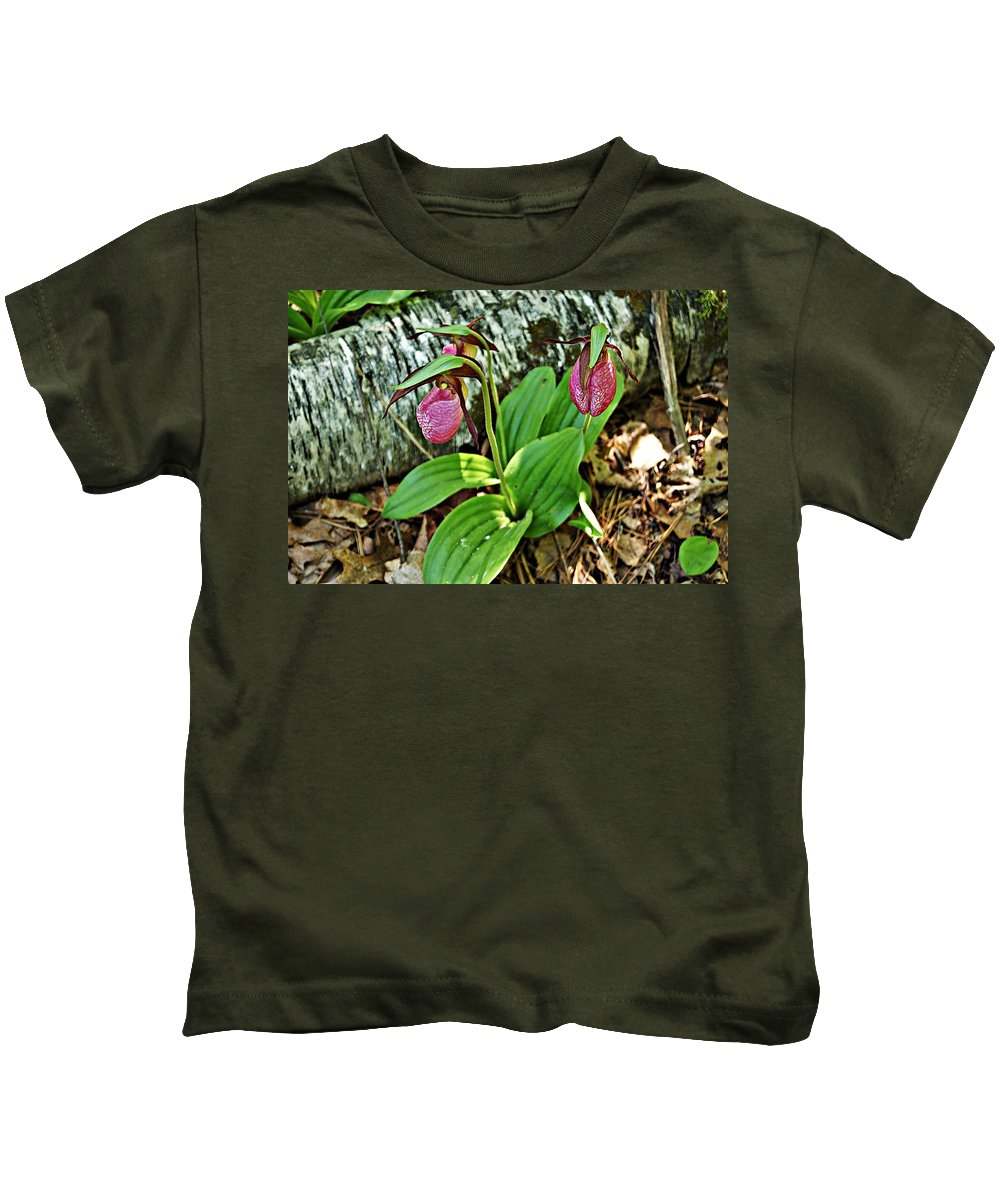 Lady Slipper Kids T-Shirt featuring the photograph Lady Slipper I by Joe Faherty