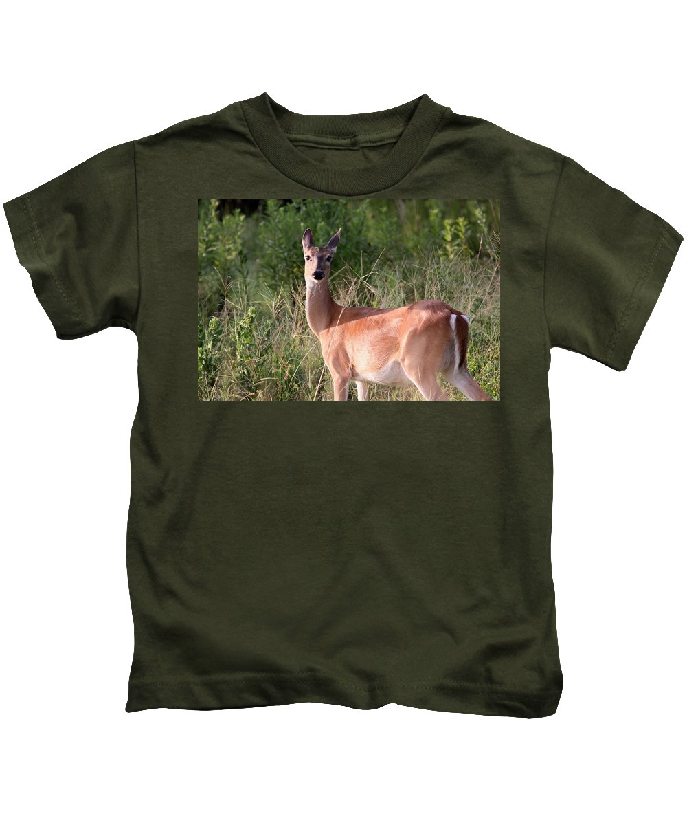 Kids T-Shirt featuring the photograph Mama To Be by Travis Truelove