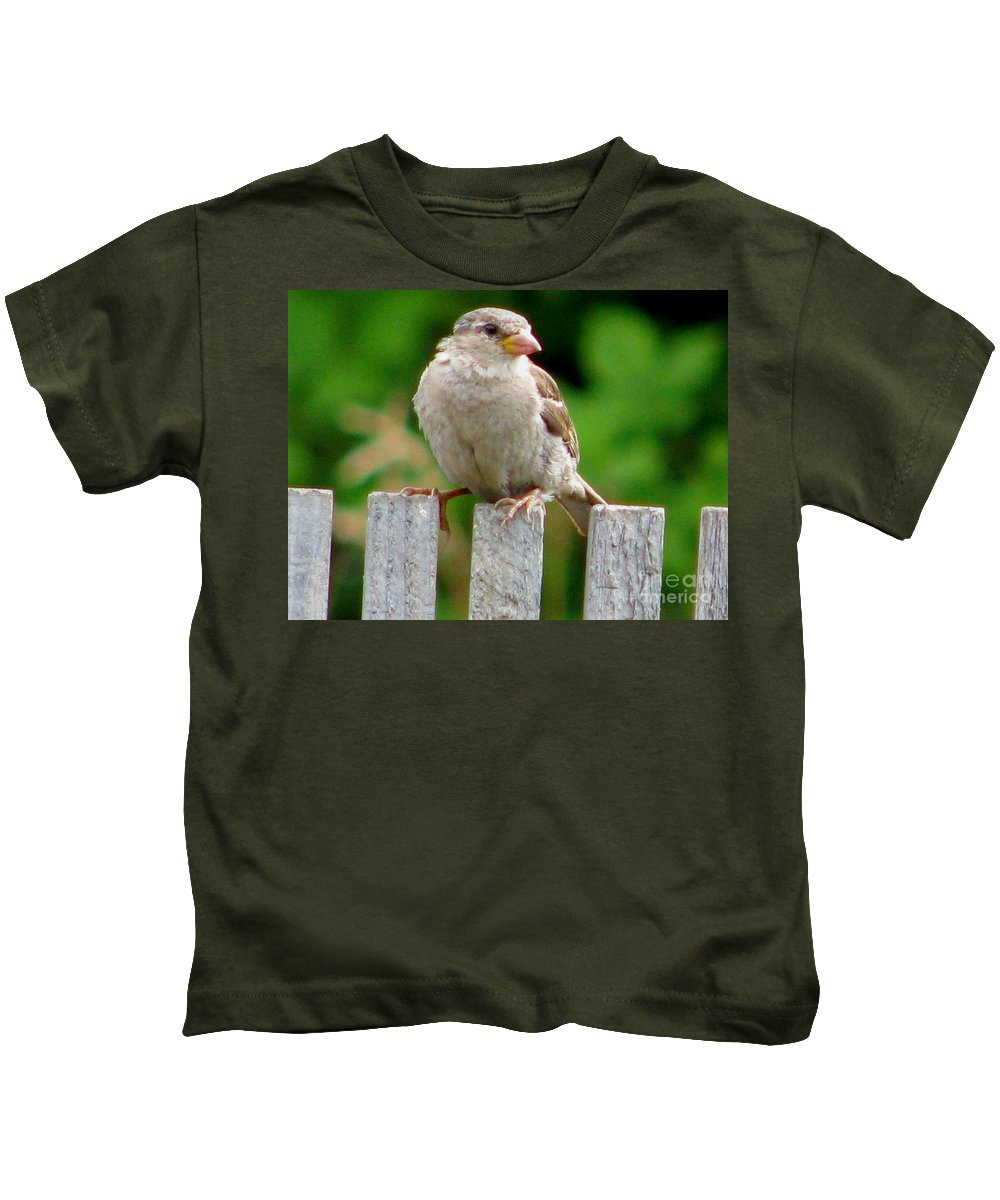 Bird Kids T-Shirt featuring the photograph Morning Visitor by Rory Sagner
