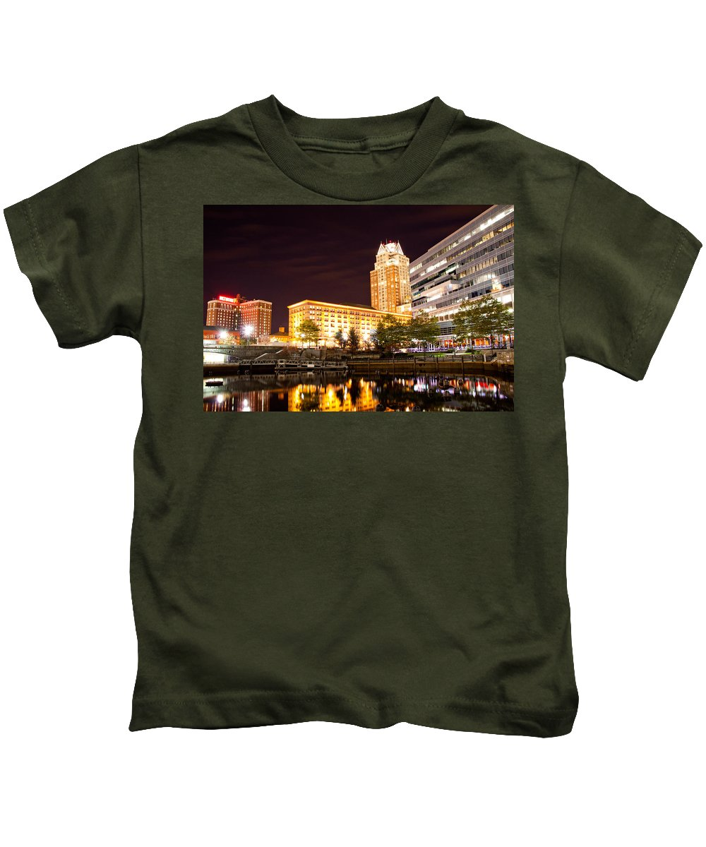 Cityscape Kids T-Shirt featuring the photograph Night Life by Frank Pietlock