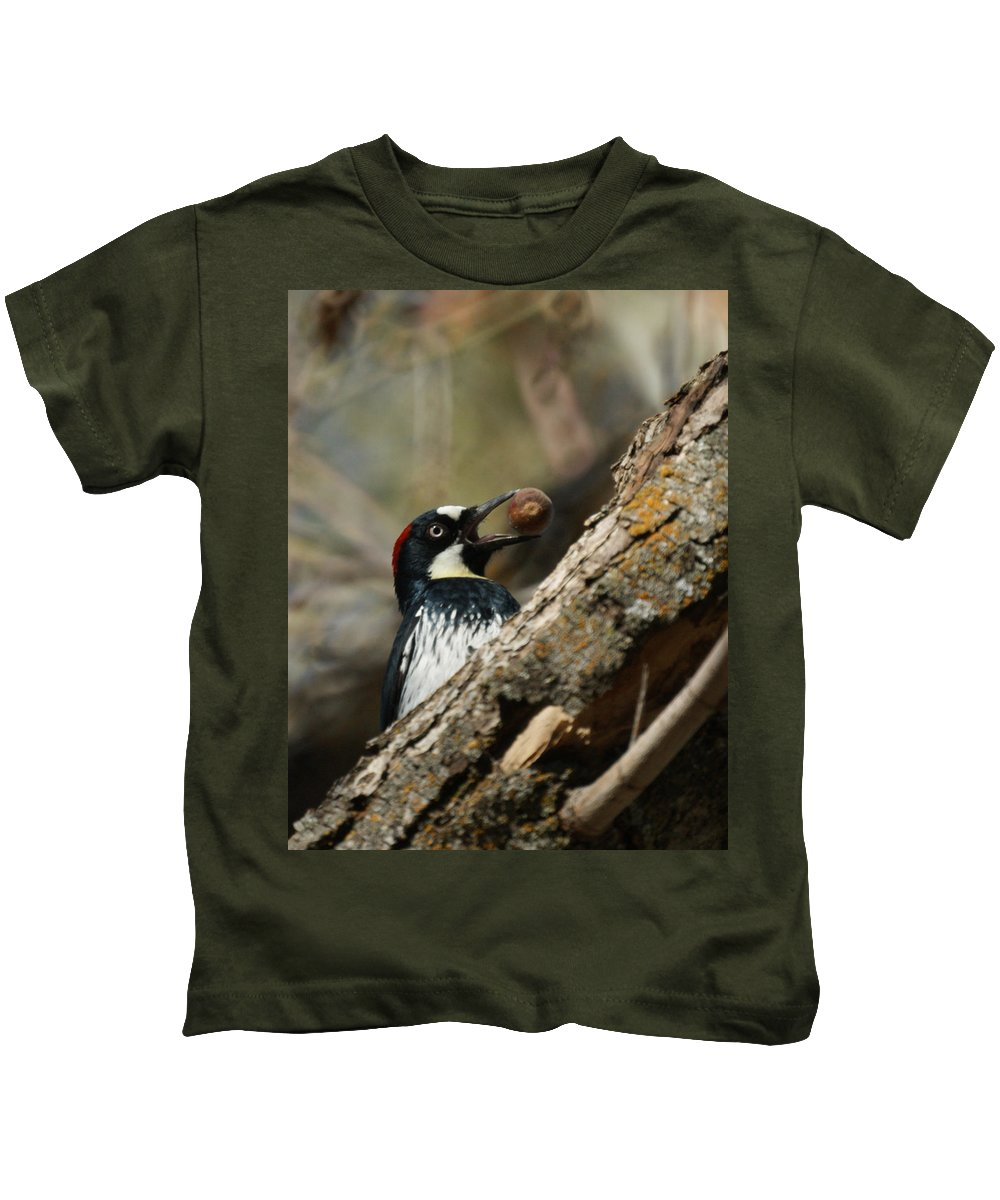 Now Where Do I Put This One Kids T-Shirt featuring the photograph Now Where Do I Put This One by Ernie Echols