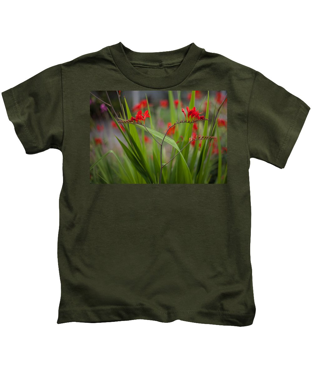 Flower Kids T-Shirt featuring the photograph Red Blade Symmetry by Mike Reid