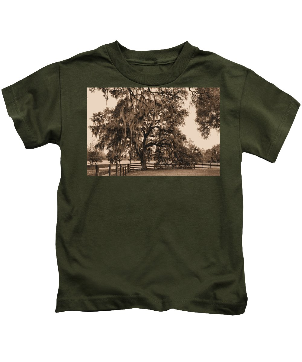 Southern Kids T-Shirt featuring the photograph Southern Charm by Kristin Elmquist