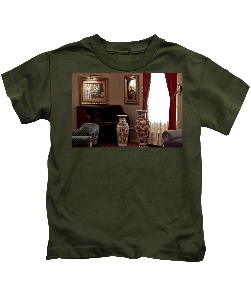 Flagler College Kids T-Shirt featuring the photograph The Empty Desk by DigiArt Diaries by Vicky B Fuller
