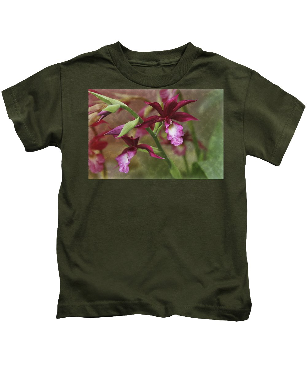Garden Kids T-Shirt featuring the photograph Tropical Beauty by Debra and Dave Vanderlaan