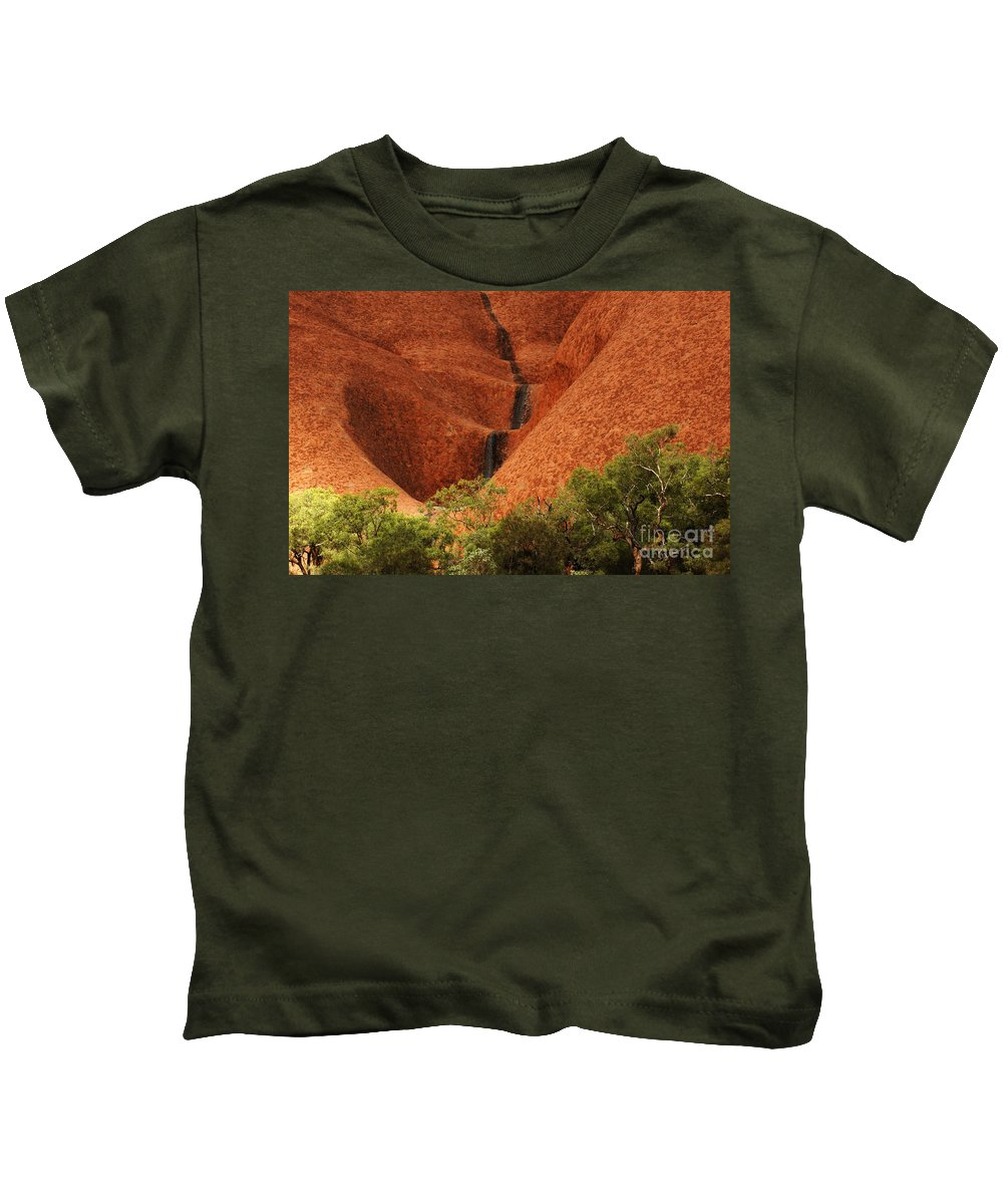 Uluru Kids T-Shirt featuring the photograph Uluru Australia 4 by Bob Christopher