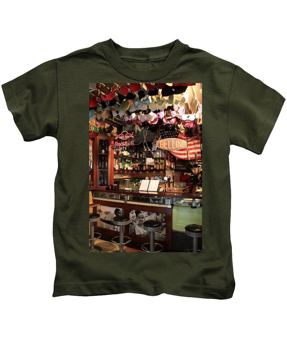 Bacaro Jazz Bar Kids T-Shirt featuring the photograph Venice Jazz Bar by Andrew Fare