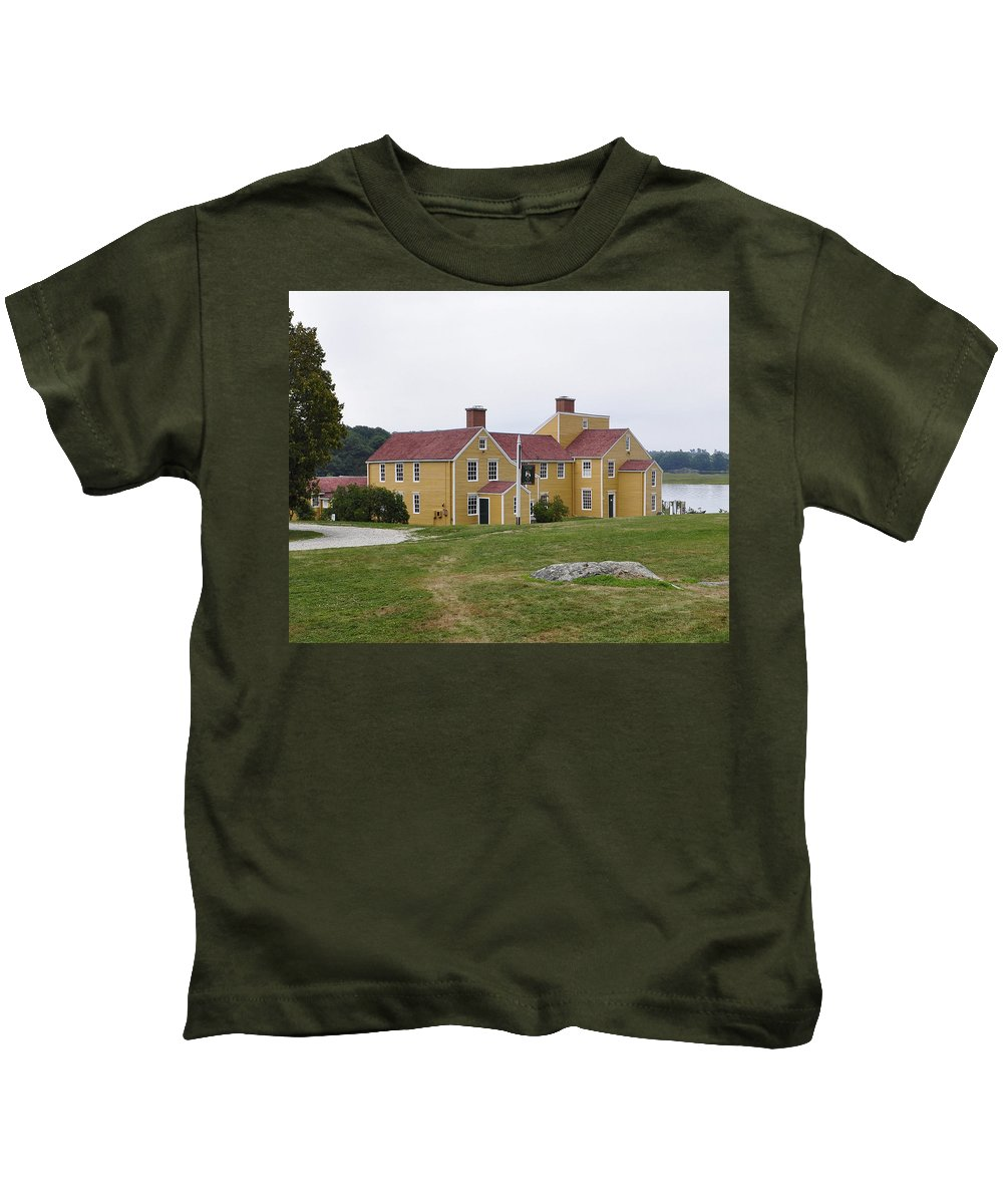 House Kids T-Shirt featuring the photograph Wentworth Coolidge Mansion Wcmp by Jim Brage