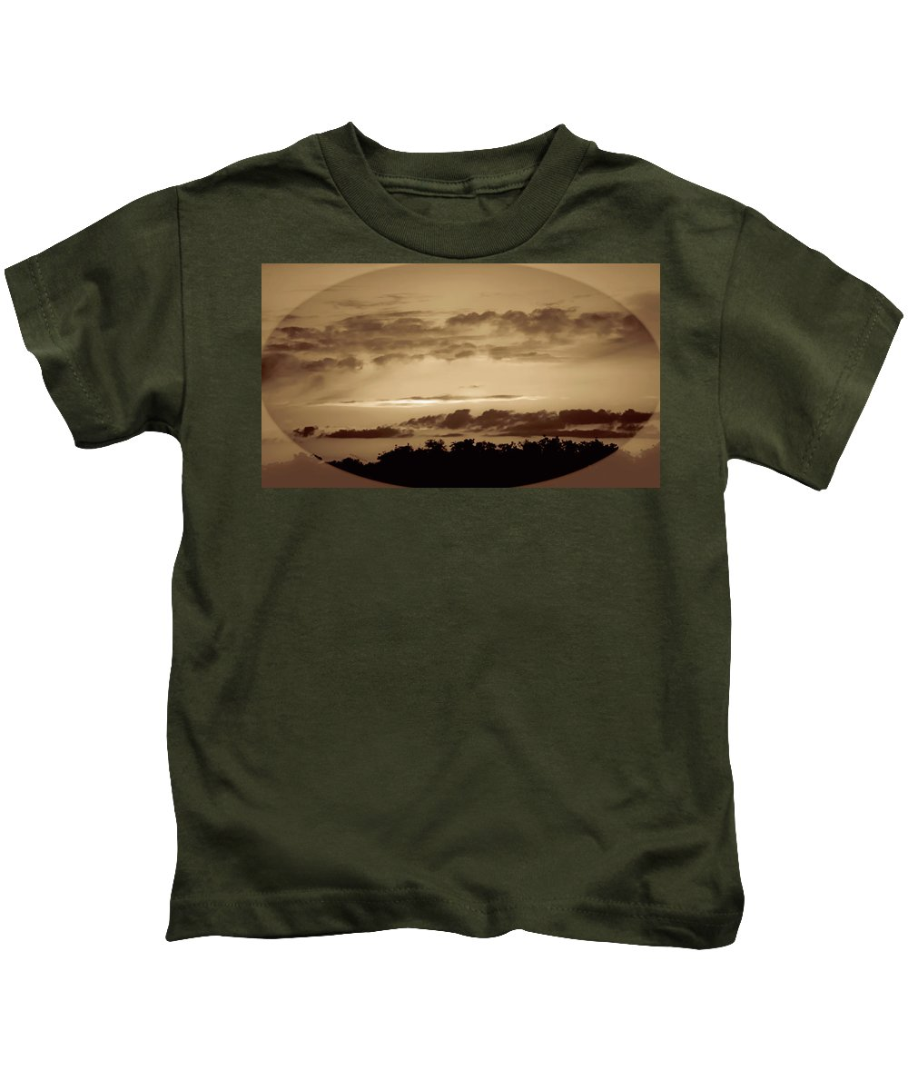 Sunset Kids T-Shirt featuring the photograph Yesteryears Sunset by DigiArt Diaries by Vicky B Fuller