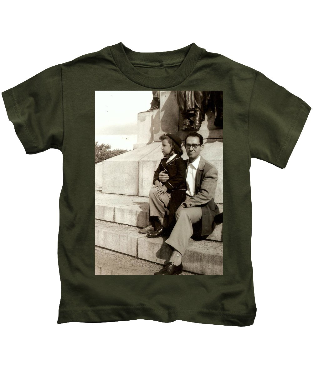 Family Photos Kids T-Shirt featuring the photograph With Dad On Mount Royal by Carole Spandau