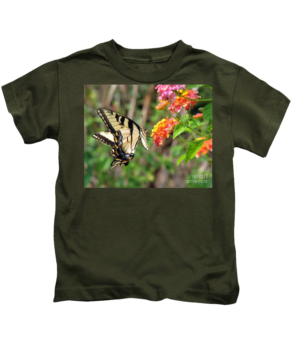 Butterfly Kids T-Shirt featuring the photograph Butterfly by Amanda Barcon