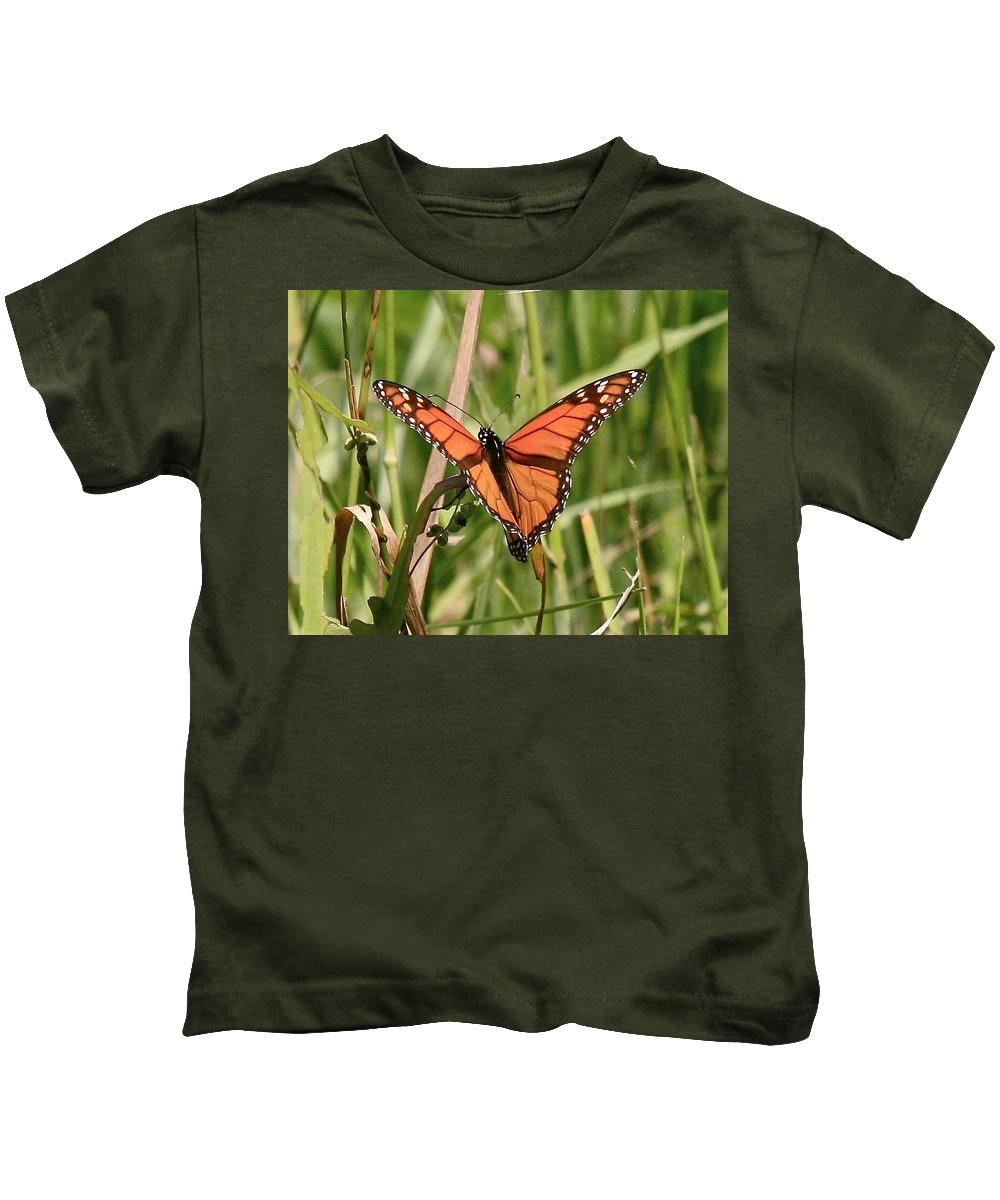 Butterfly Kids T-Shirt featuring the photograph Drying My Wings by Robert Pearson