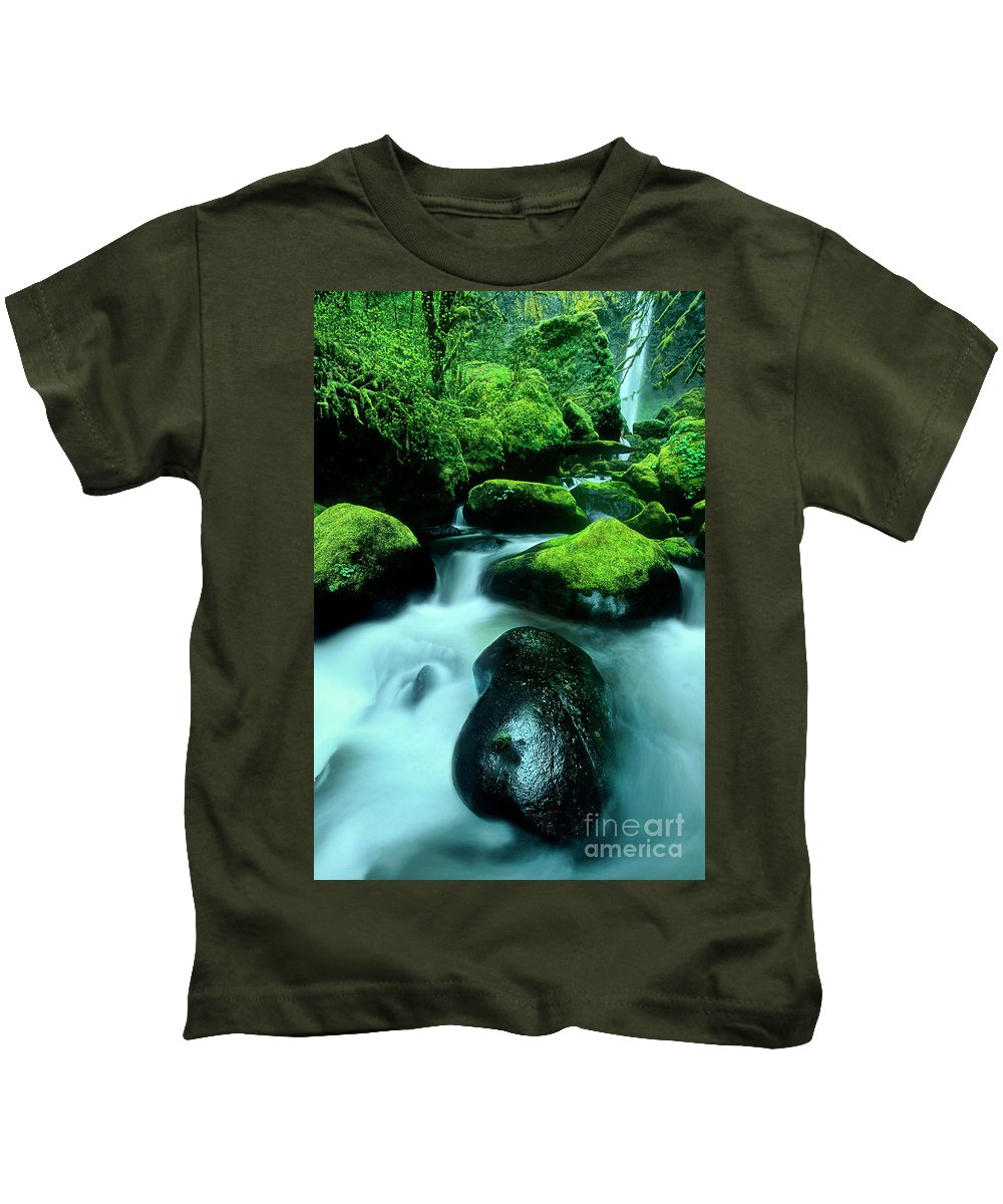 Dave Welling Kids T-Shirt featuring the photograph Elowah Falls Columbia River Gorge National Scenic Area Oregon by Dave Welling