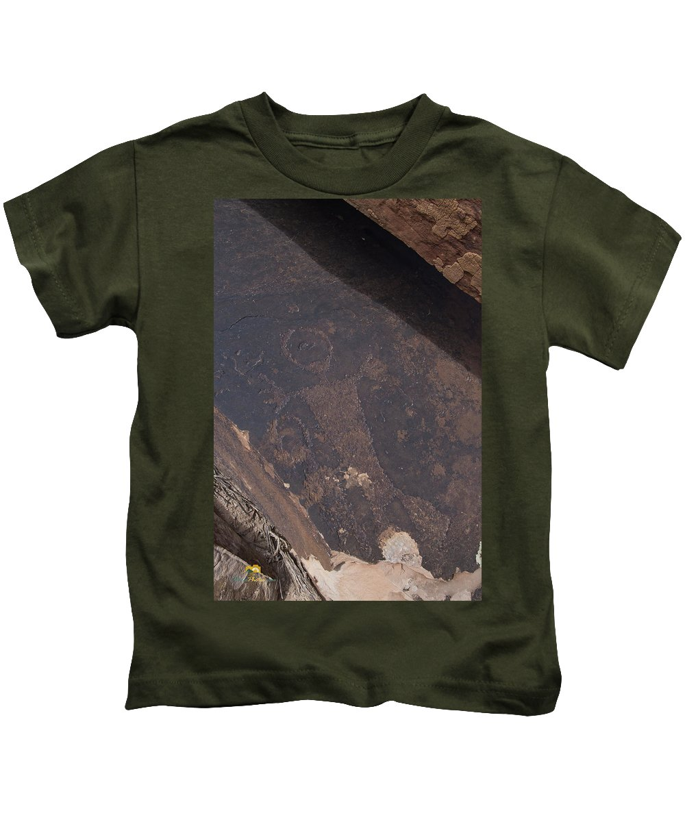 Geology Kids T-Shirt featuring the photograph Petroglyphs by Jim Thompson