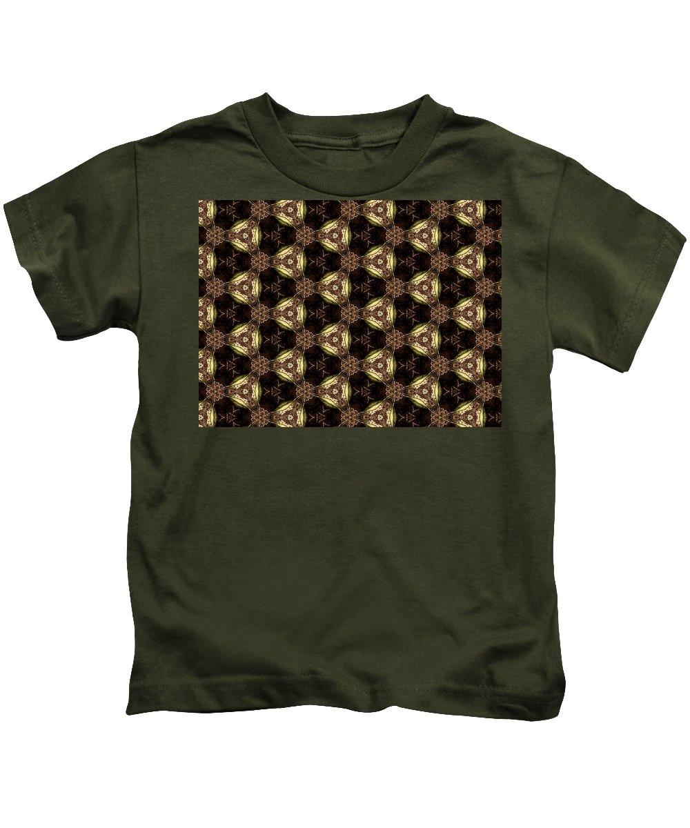 Marjan Mencin Kids T-Shirt featuring the digital art Arabesque 043 by Marjan Mencin