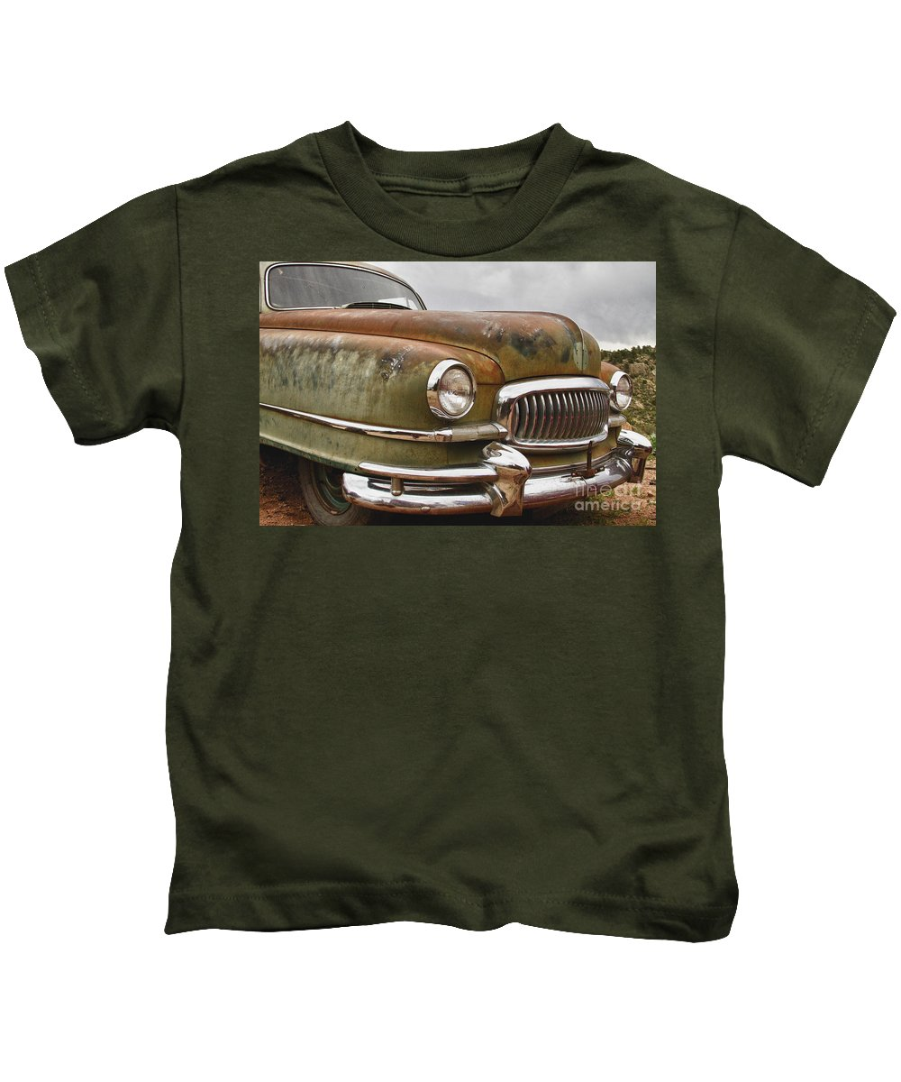 1951 Kids T-Shirt featuring the photograph 1951 Nash Ambassador Hydramatic Front End by James BO Insogna