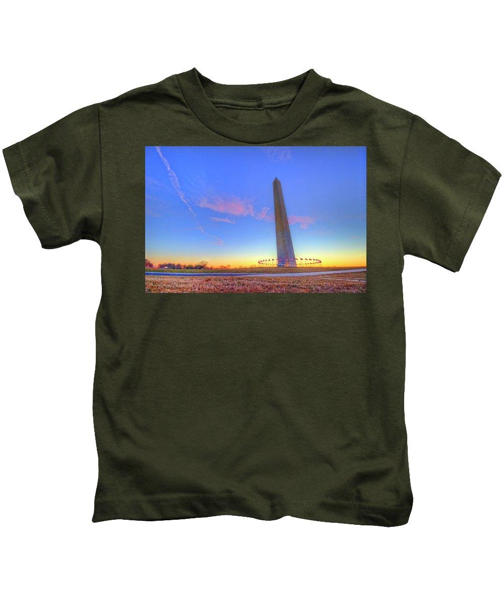 Washington Dc Kids T-Shirt featuring the photograph Washington Monument Sunset by Craig Fildes