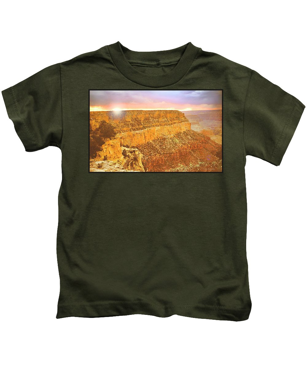 Grand Canyon Kids T-Shirt featuring the photograph Grand Canyon Sunset by A Gurmankin