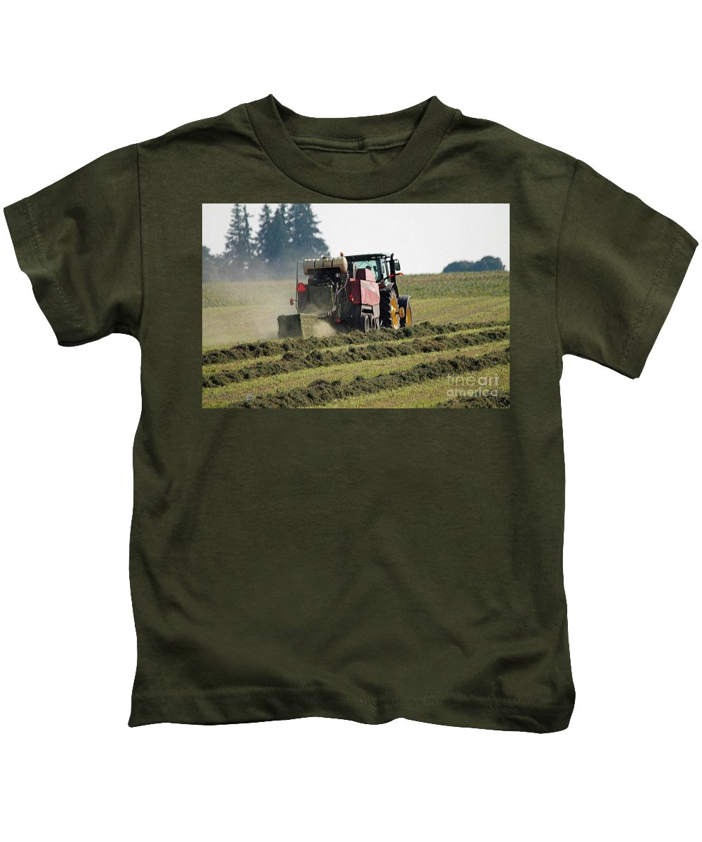 Farm Kids T-Shirt featuring the painting Baling Hay by J McCombie