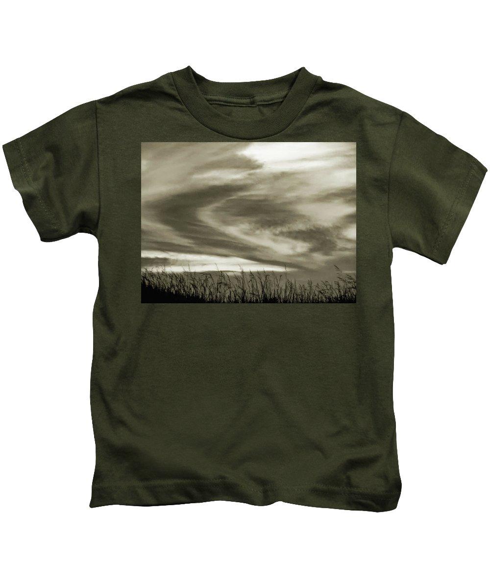 Sunset Kids T-Shirt featuring the photograph A Light Embrace by Steve Harrington