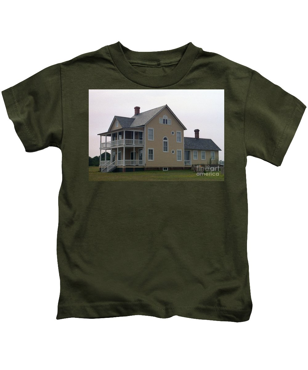 Alabama Kids T-Shirt featuring the digital art Alabama Coastal Home by Richard Rizzo