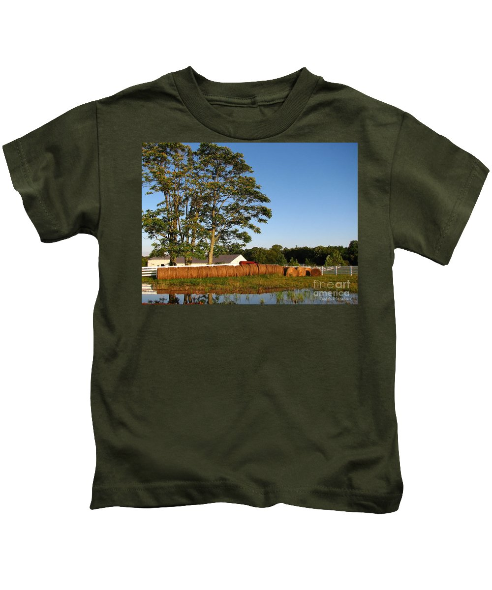 Landscape Kids T-Shirt featuring the photograph All In A Row by Todd Blanchard