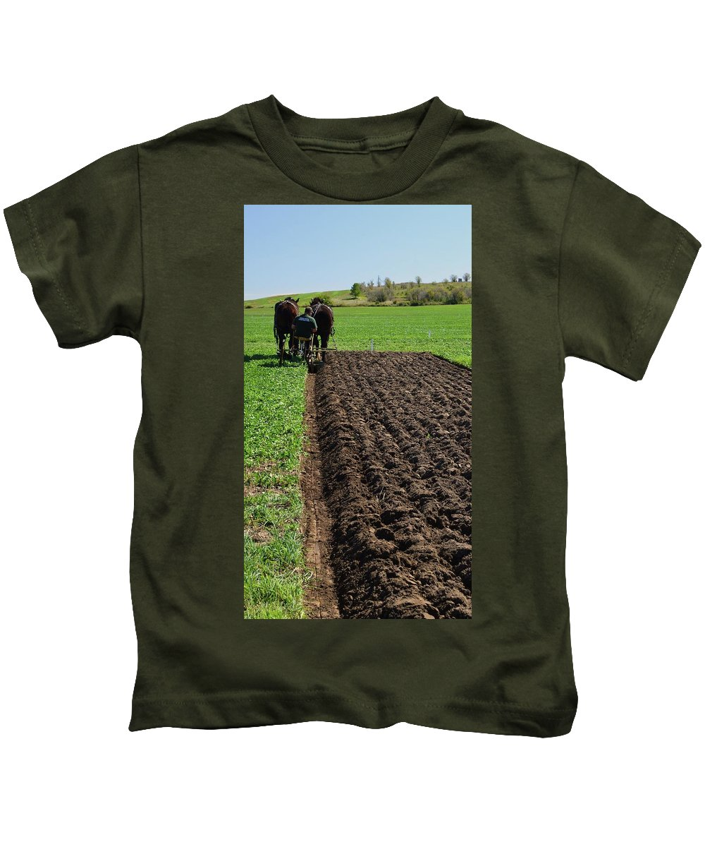 Horses Kids T-Shirt featuring the photograph Along The Row by Lyle Crump