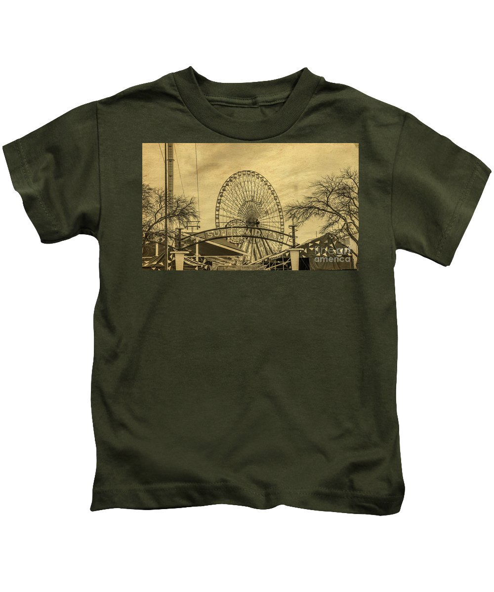 Amusement Park Kids T-Shirt featuring the photograph Amusement Park Vintage by Tod and Cynthia Grubbs