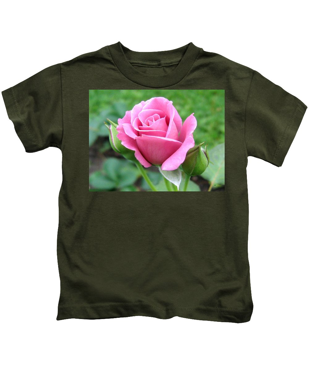 Rose Kids T-Shirt featuring the photograph Angel Face Rose by Will Borden
