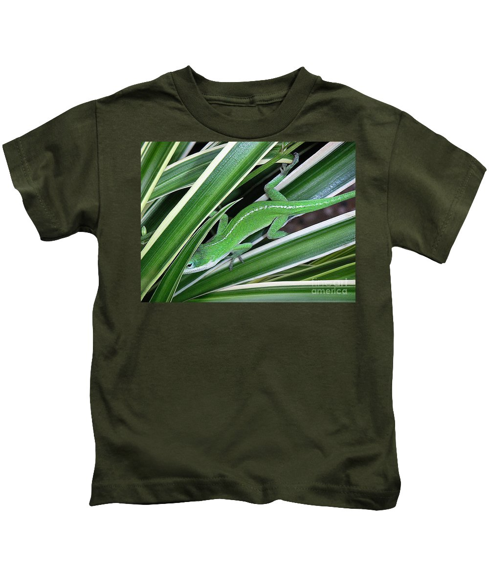 Nature Kids T-Shirt featuring the photograph Anole Hiding In Spider Plant by Lucyna A M Green