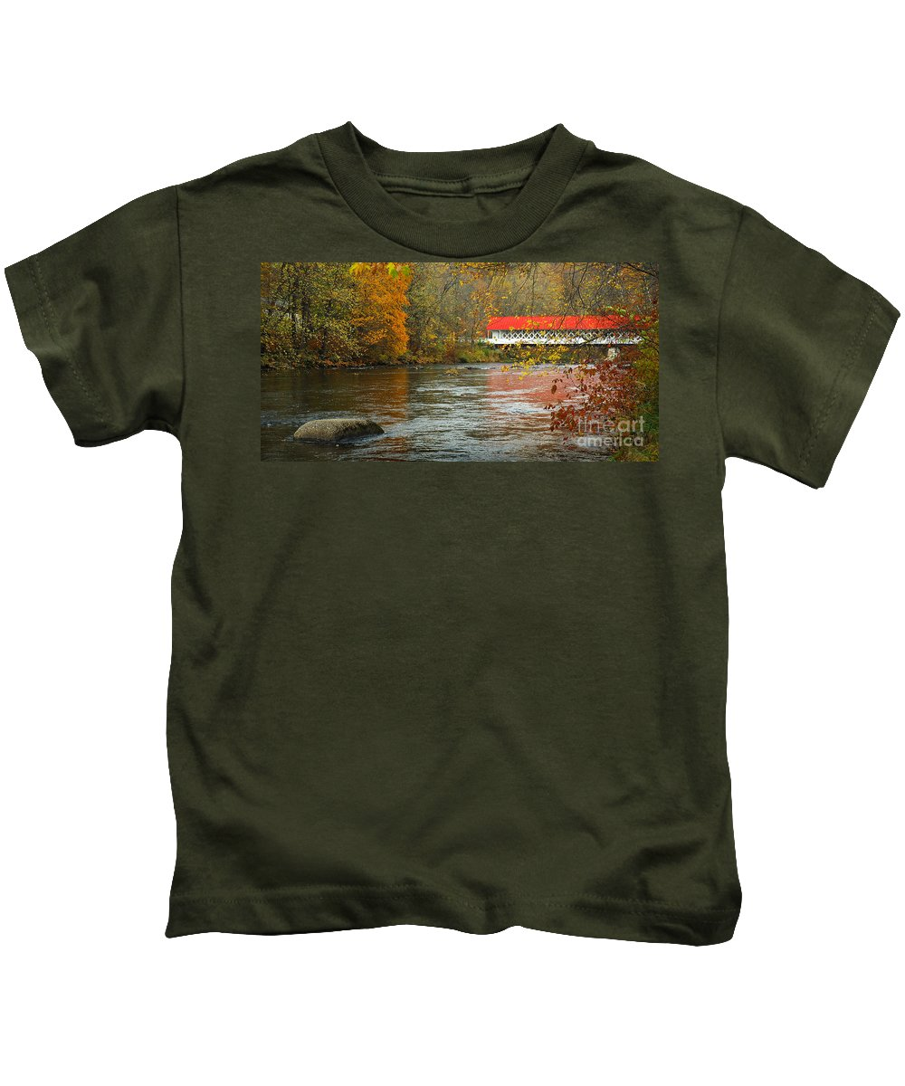 Ashuelot Bridge Kids T-Shirt featuring the photograph Ashuelot Bridge by Jon Holiday