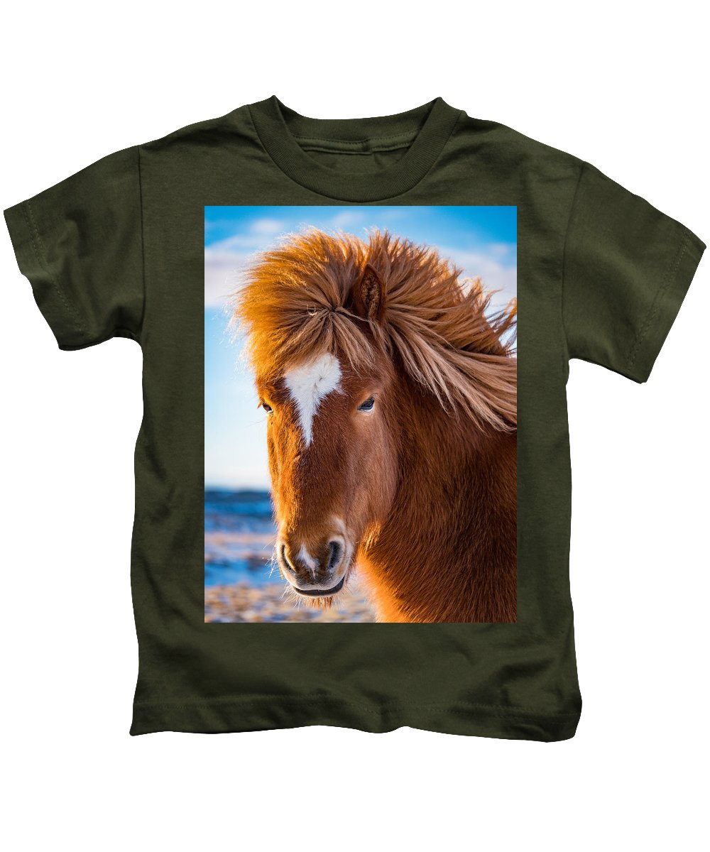 5 Gaits Kids T-Shirt featuring the photograph Bad Hair Day by Dan Leffel