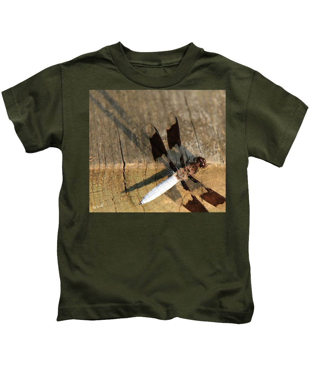 Ball Point Dragon Fly Kids T-Shirt featuring the photograph Ball Point Dragon Fly by Ed Smith