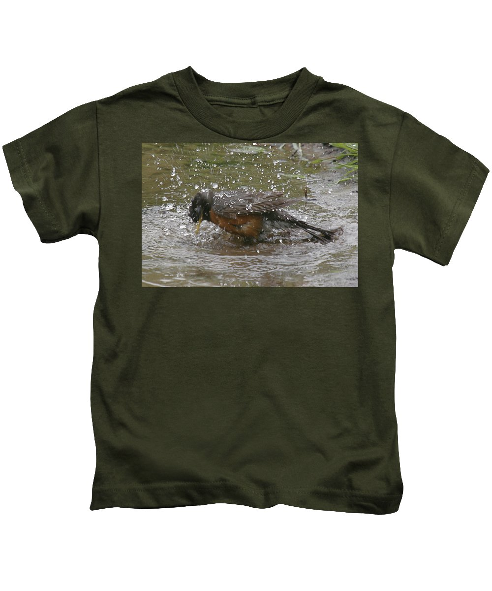 Robin Bird Kids T-Shirt featuring the photograph Bath Time by Robert Pearson
