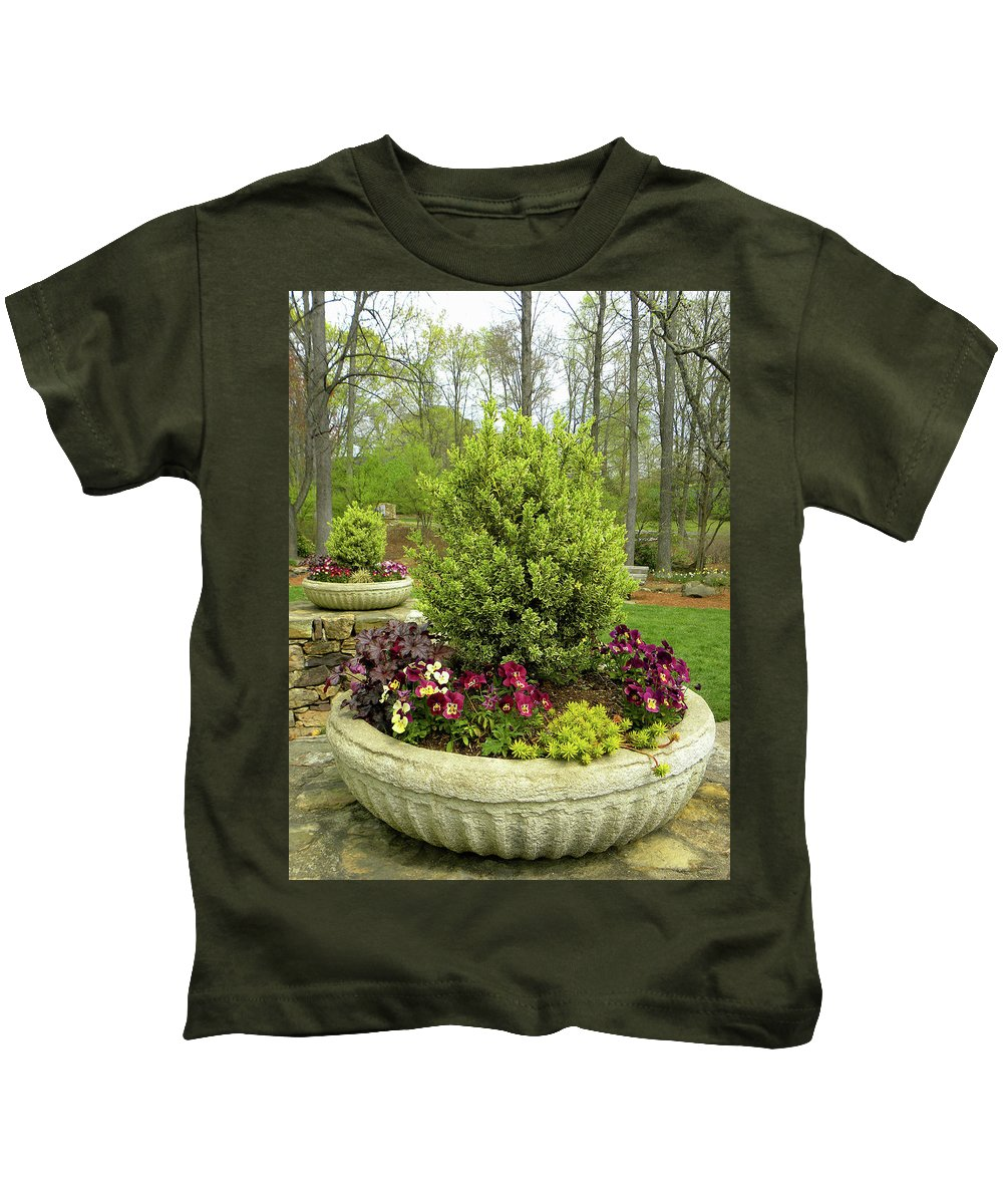 Garden Kids T-Shirt featuring the photograph Beautiful Welcome by Sandi OReilly