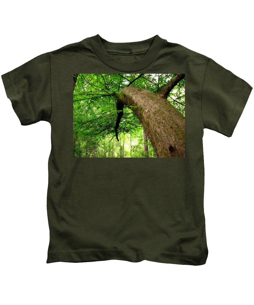 Live Oak Kids T-Shirt featuring the photograph Bending Toward The Light by J M Farris Photography
