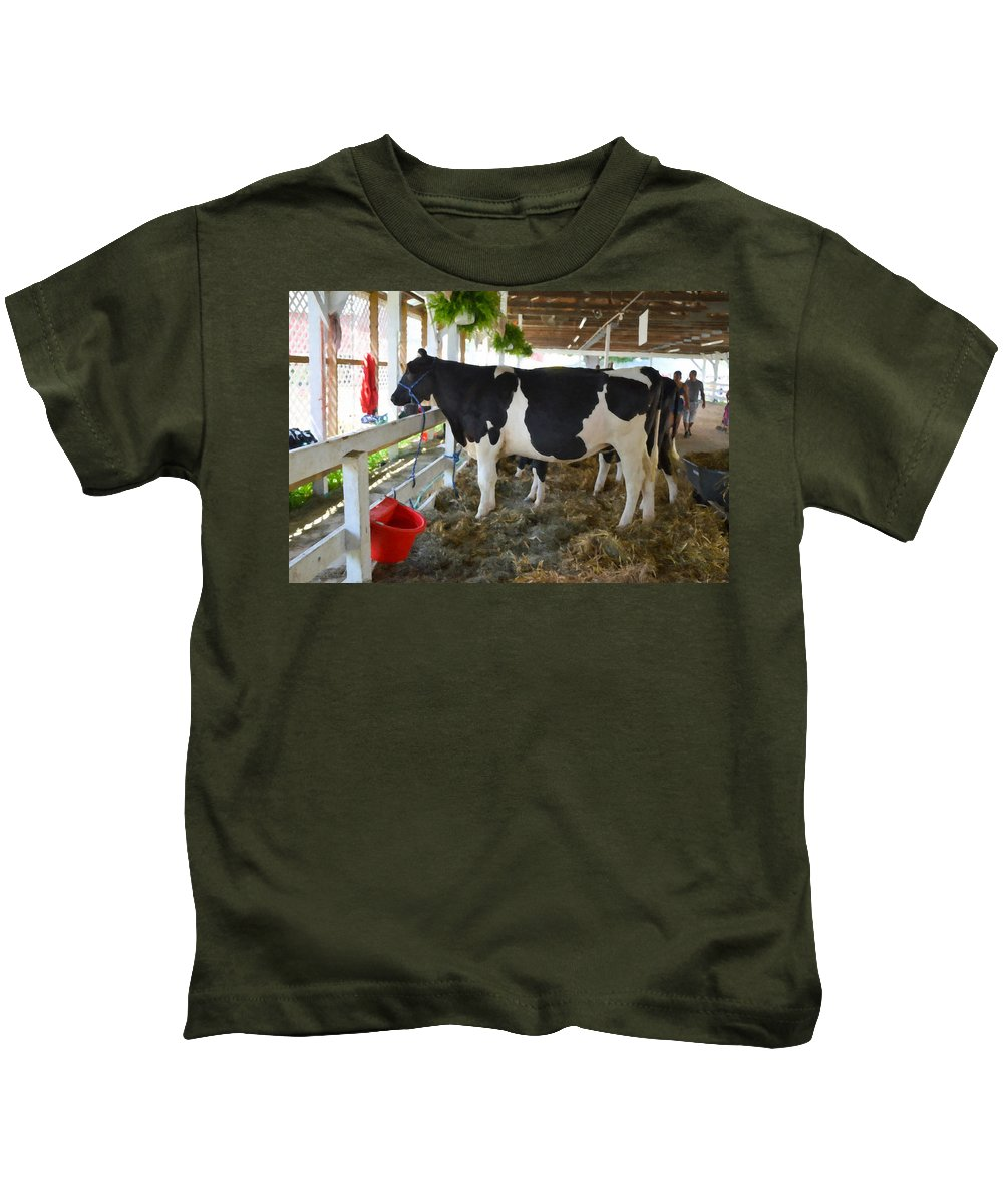 Black And White Cow Kids T-Shirt featuring the painting Black And White Cow by Jeelan Clark