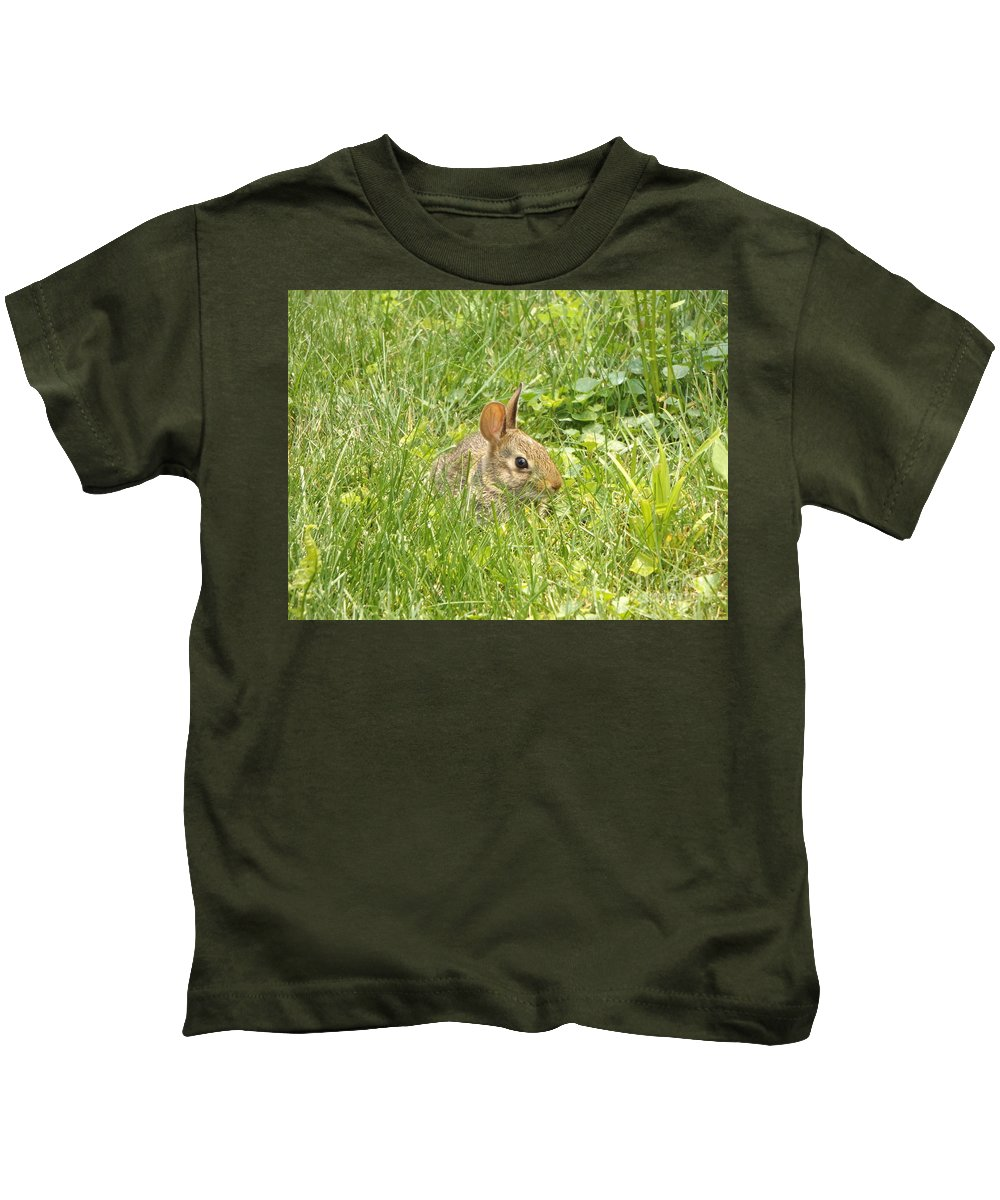Bunny Kids T-Shirt featuring the photograph Bunny In The Grass by Erick Schmidt