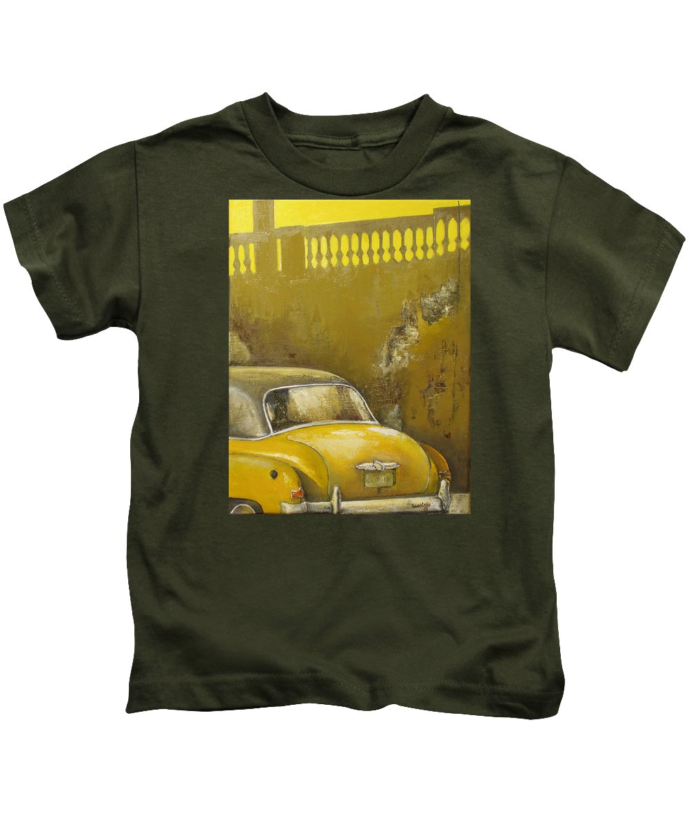 Havana Kids T-Shirt featuring the painting Buscando La Sombra by Tomas Castano