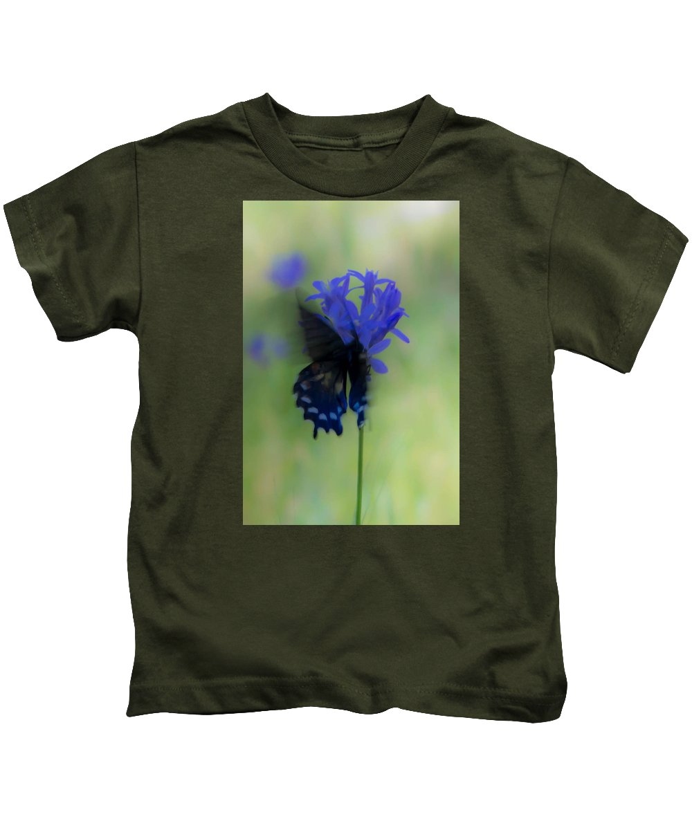 Kids T-Shirt featuring the photograph Butterfly 5 by Reed Tim