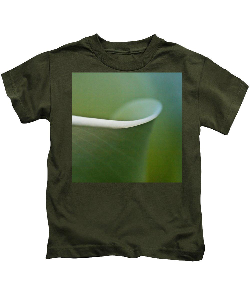 Calla Kids T-Shirt featuring the photograph Calla Details 2 by Heiko Koehrer-Wagner