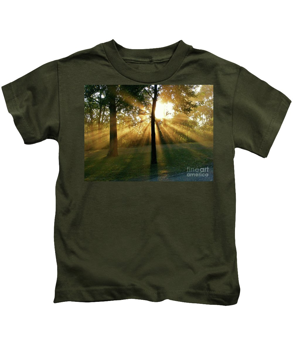Sunlight Kids T-Shirt featuring the photograph Catch Some Rays by Marilyn Smith