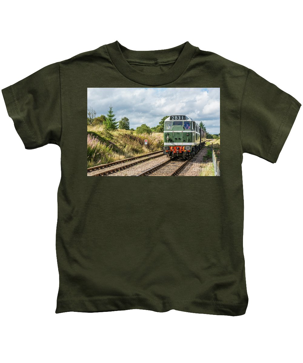 Pontypool And Blaenavon Railway Kids T-Shirt featuring the photograph Class 31 Diesel 4 by Steve Purnell