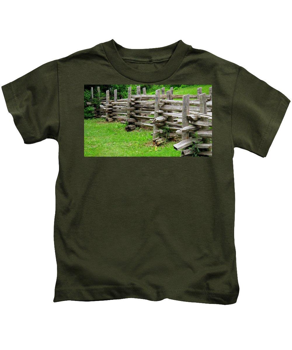 Split Kids T-Shirt featuring the photograph Complex Pattern by Ian MacDonald